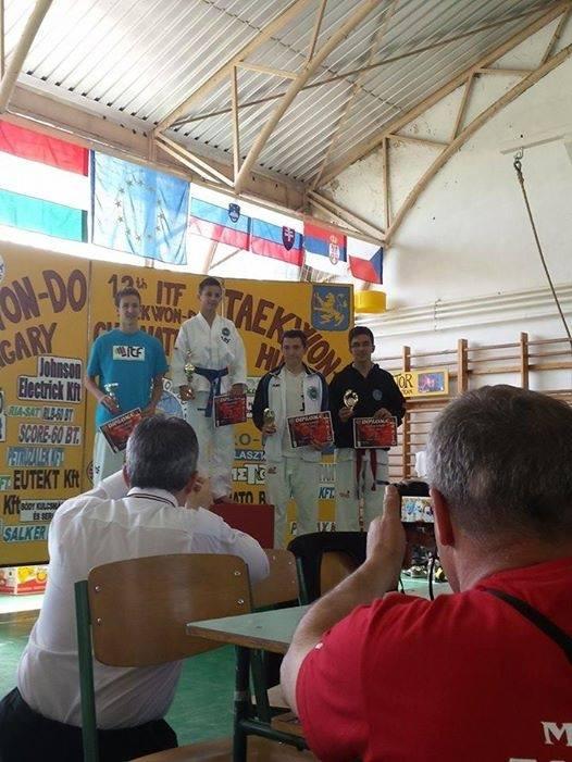 Kurunczi Gábor ifjúsági fiú formagyakorlatban 3. helyezett