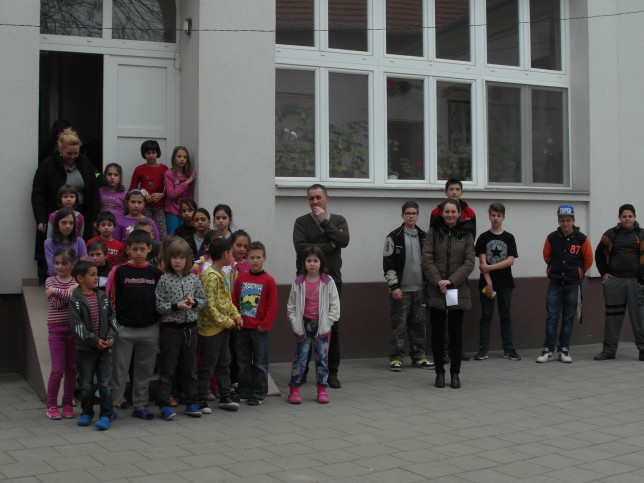 szerb iskola